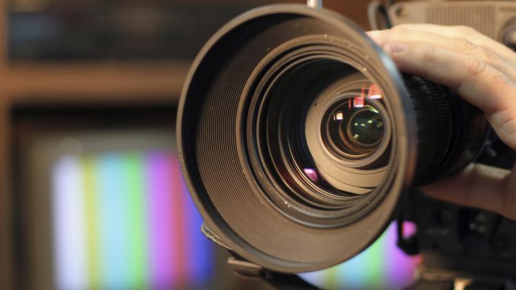 video-camera-750xx3000-1688-0-156
